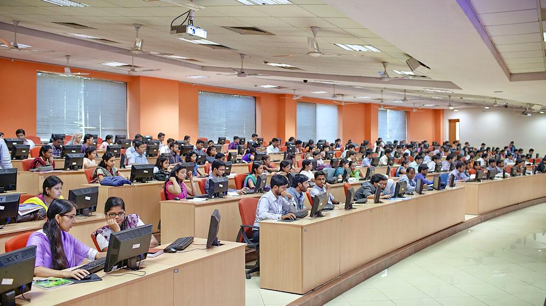 اپلیکیشن آموزشی InfyTQ برای دانشجویان رشتههای مهندسی معرفی شد